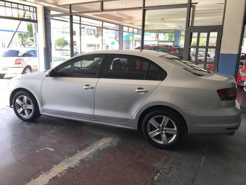 volkswagen vento 2016 2.5 46651764