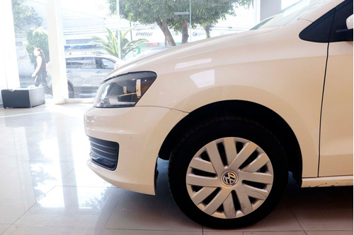 volkswagen vento 2018 1.6 starline at