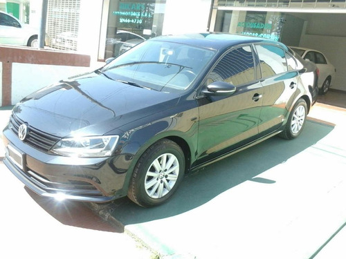 volkswagen vento 2.5 170 hp advance plus l/15 2015