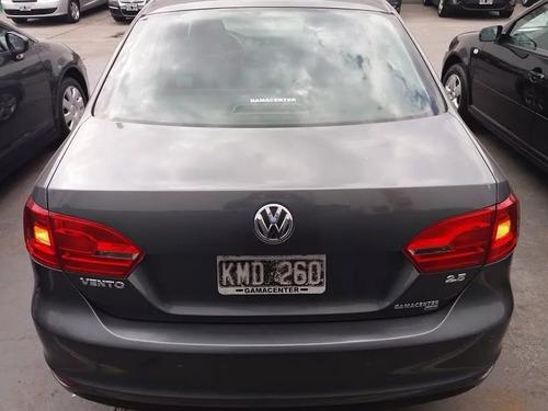 volkswagen vento 2.5 2011 luxury automatico gris