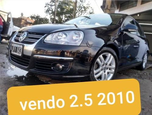 volkswagen vento 2.5 advance 170cv 2010