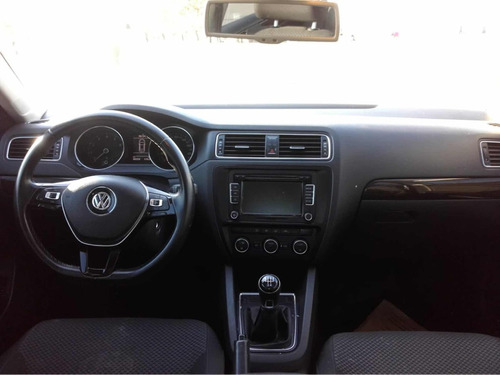volkswagen vento 2.5 advance 170cv 2015