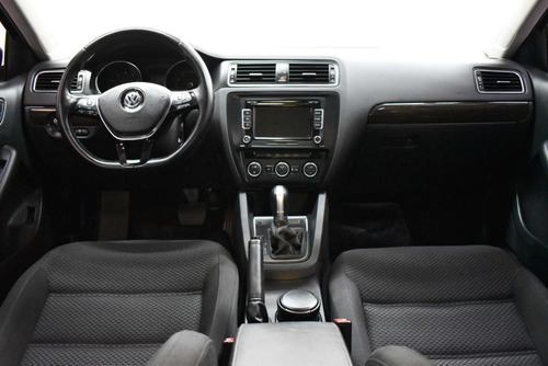 volkswagen vento 2.5 advance plus tiptronic 2015 rpm moviles