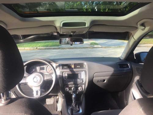 volkswagen vento 2.5 advance tiptronic 170cv 2011