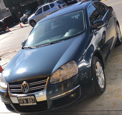 volkswagen vento 2.5 advance tiptronic 2008