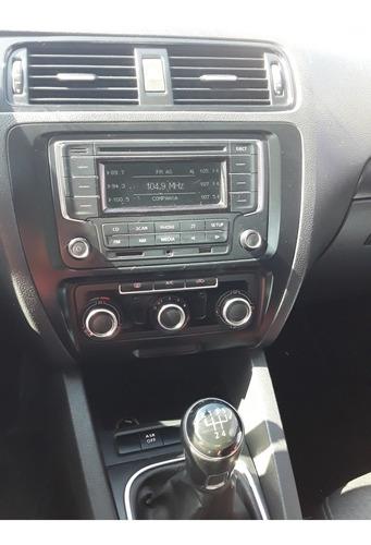 volkswagen vento 2.5 confort 170cv 2013