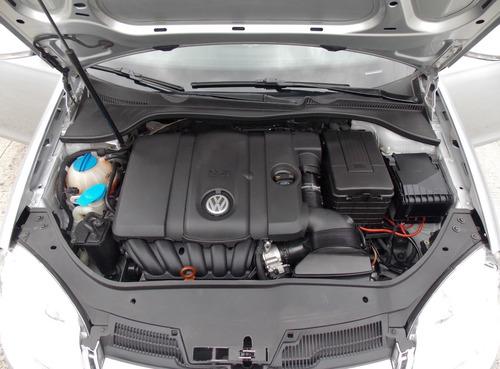 volkswagen vento 2.5 luxury 170cv tiptronic 2010 carbone