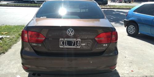 volkswagen vento 2.5 luxury 170cv tiptronic 2011