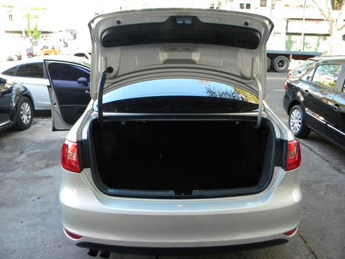 volkswagen vento 2.5 luxury 170cv tiptronic 2012
