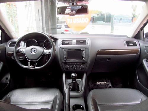 volkswagen vento 2.5 luxury 2015 rpm moviles