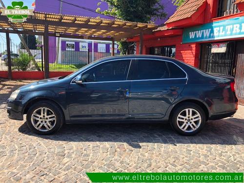 volkswagen vento 2.5 luxury cuero 2007