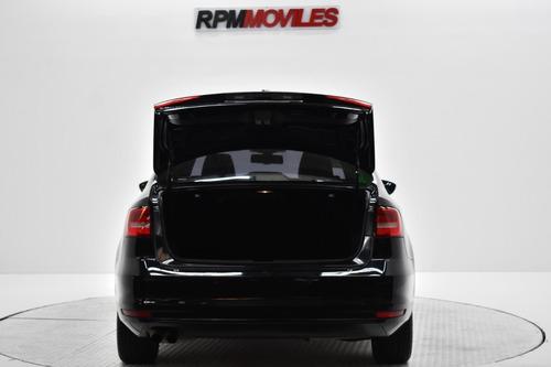 volkswagen vento 2.5 luxury cuero at 2015 rpm moviles