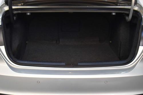 volkswagen vento 2.5 luxury manual ln 2011 rpm moviles