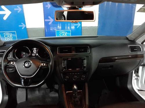 volkswagen vento  2,5 luxury tiptronic 170 cv 2015