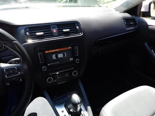 volkswagen vento 2.5 luxury tiptronic 170cv 2011