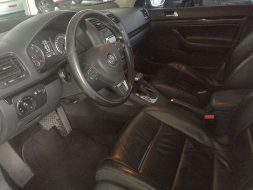 volkswagen vento 2.5 luxury tiptronic 2011 full