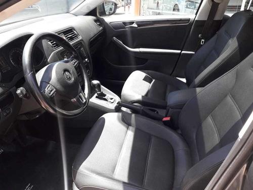 volkswagen vento 2.5 luxury tiptronic