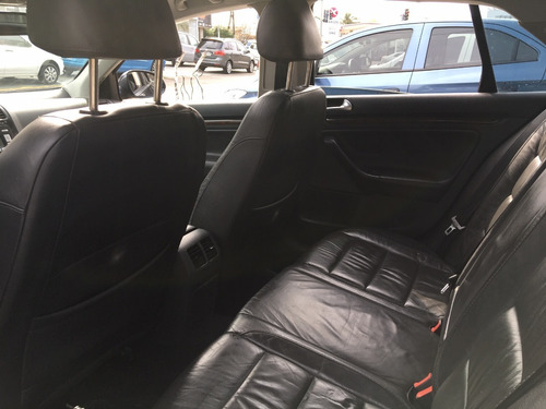 volkswagen vento 2.5 luxury wood
