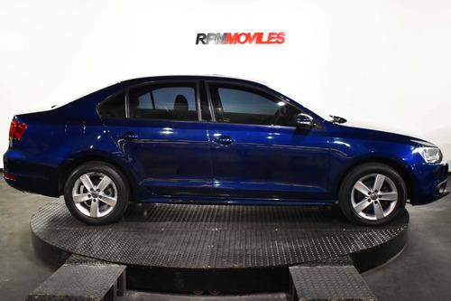 volkswagen vento 2.5 n cuero manual luxury 2012 rpm moviles