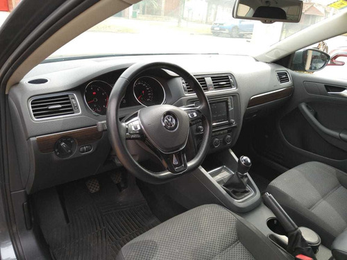 volkswagen vento advance plus motor: 2.5  automotoresclaudio