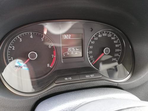 volkswagen vento comfortline 1.6 mt