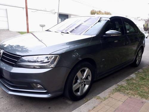 volkswagen vento  confortline dsg 1.4t at(7) 2017
