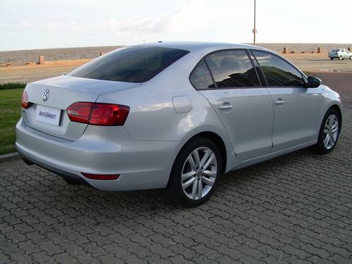 volkswagen vento gli 2.0 dsg 2012 2 dueños oferta contado