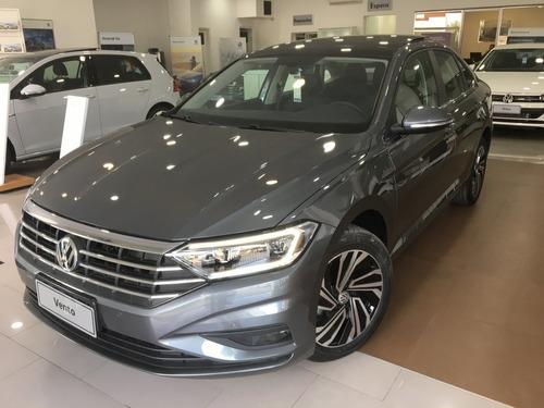 volkswagen  vento  luxury 2.5