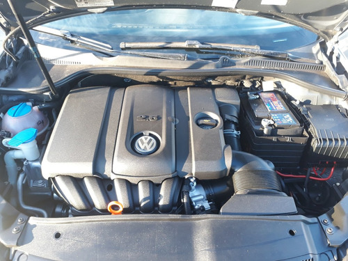 volkswagen vento variant 2.5 advance 170cv 2011 #at3