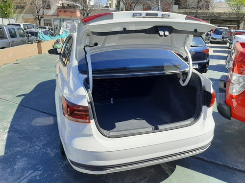 volkswagen virtus 1.6 msi trendline at 2020