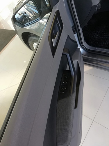 volkswagen virtus 1.6 trendline at 2019