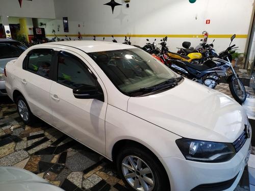 volkswagen voyage 1.0 seleção tec total flex 4p 2014