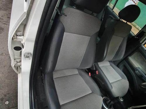 volkswagen voyage 1.6 comfortline 101cv 2012