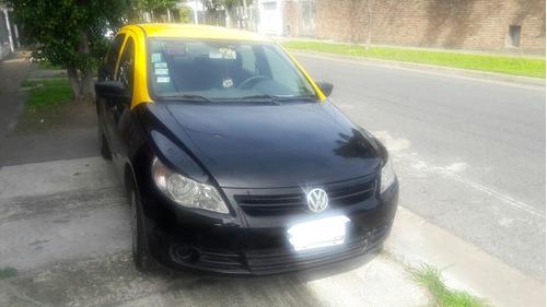 volkswagen voyage taxi con licencia y gnc