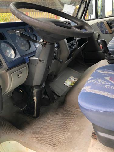 volkswagen vw 13150 2001
