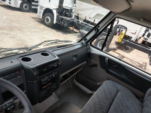 volkswagen vw 13190 tanque