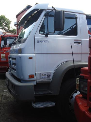 volkswagen vw 23220 6x2 2005