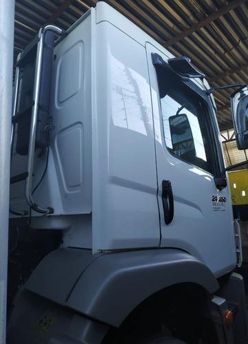 volkswagen vw 24250 2012 baú truck