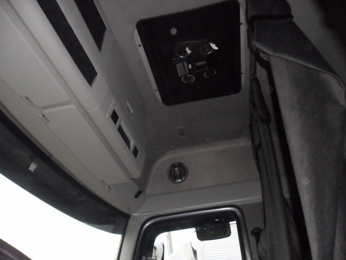volkswagen vw 24250 bitrck ano 2011 c/baú