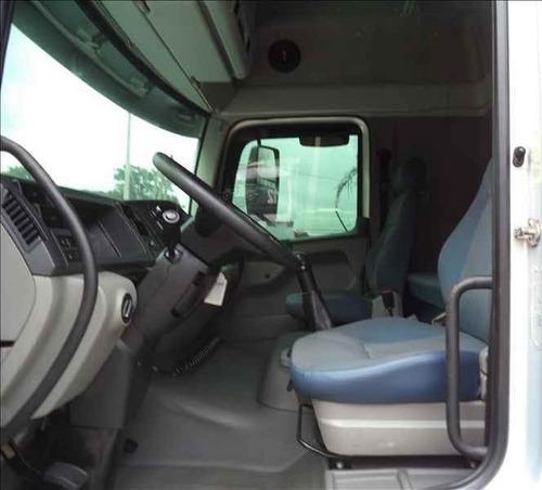 volkswagen vw 24250 (entrada mais divida)
