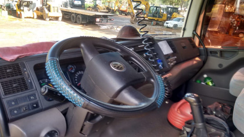volkswagen vw 24280 4 eixo carroceria