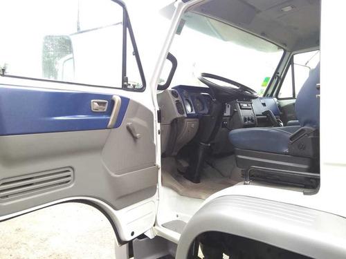 volkswagen vw 26260 6x4 traçado