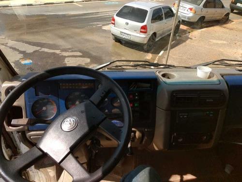 volkswagen vw 26260 caçamba  4eixo direcional 145 mil
