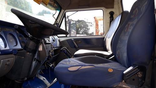 volkswagen vw 31310 3-eixos ano: 2005