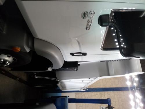 volkswagen vw 31320 2010 muito novo pouco rodado com ar