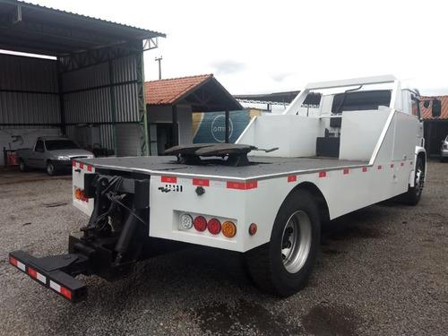 volkswagen - vw - 40.300 - 4x2 - 2001 - guincho lança