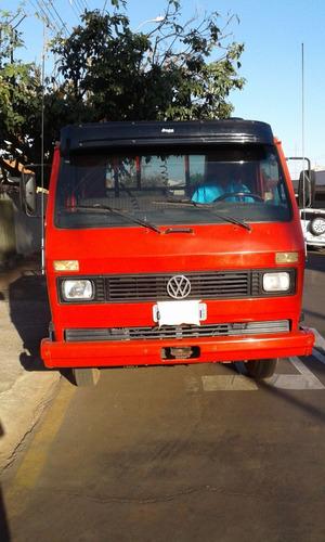volkswagen vw 7110 poliguindaste com caçambas