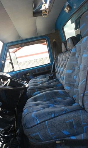 volkswagen vw 7.90 s boiadeira com acampamento    ford iveco
