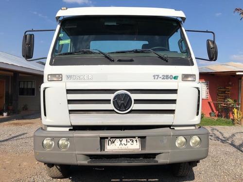 volkswagen worker 17250e año 2012
