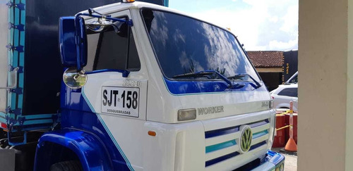 volkswagen  worker 24 220 patin    doble troque
